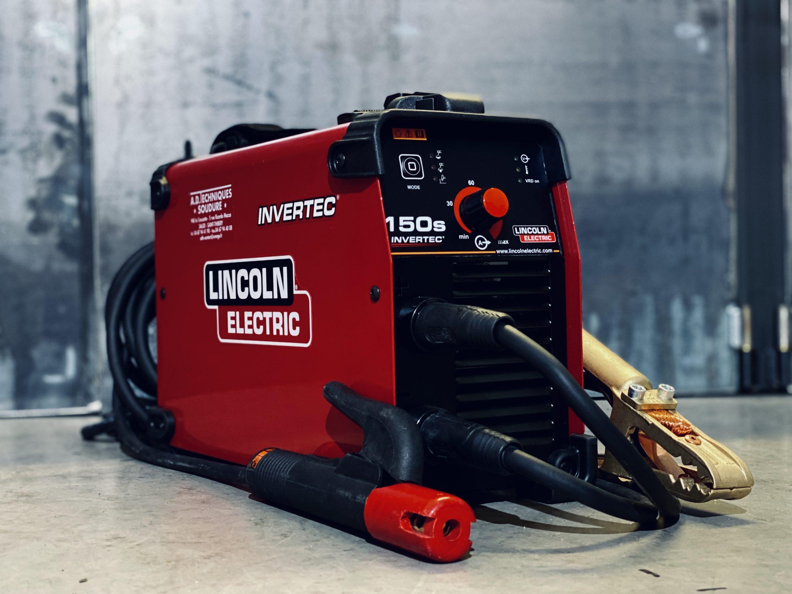 Location Poste à souder MMA monophasé Lincoln Electric invertec 150S