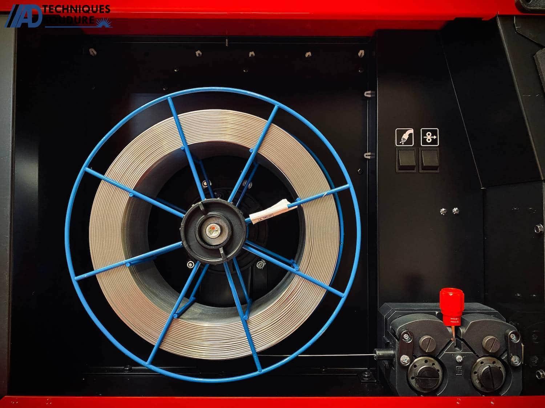 Bobine poste à souder MIG-MAG SPEEDTEC 320CP Multi-procédés, pulsé, synergique Lincoln Electric triphasé