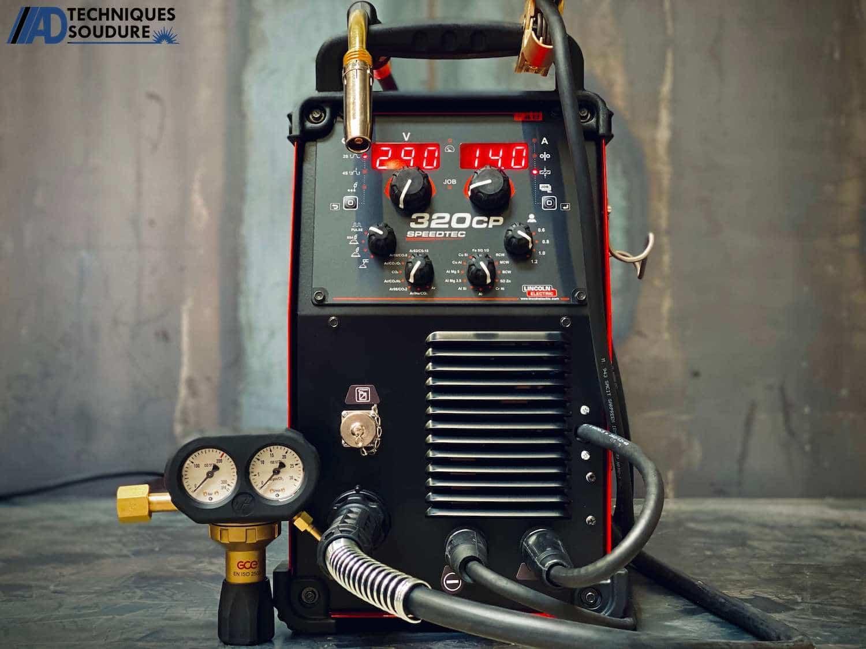 Poste à souder MIG-MAG SPEEDTEC 320CP Multi-procédés, pulsé, synergique Lincoln Electric triphasé